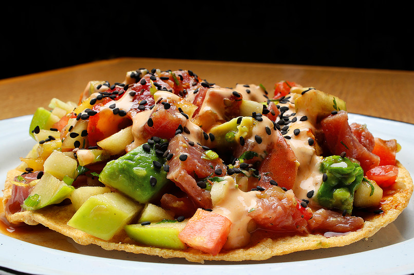Tostada de Atún tropical