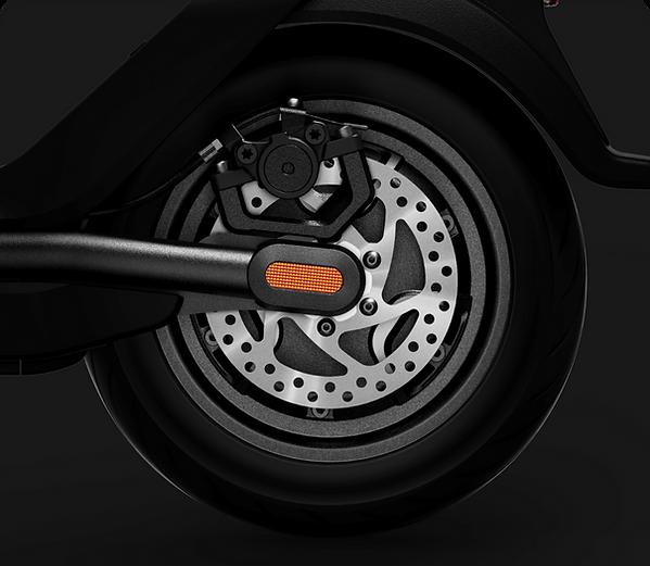 NIU KQi Rear Wheel.png