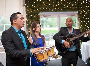 dj mariage, dj pour mariagemontreal, dj mariage latino, dj anmateur mariage, musiciens mariage, dj latino montreal, disco mobile mariage, latin band mariage