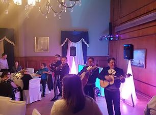 dj mariage, dj pour mariagemontreal, dj mariage latino, dj anmateur mariage, musiciens mariage, dj latino montreal, disco mobile mariage, mariachis,latin band mariage