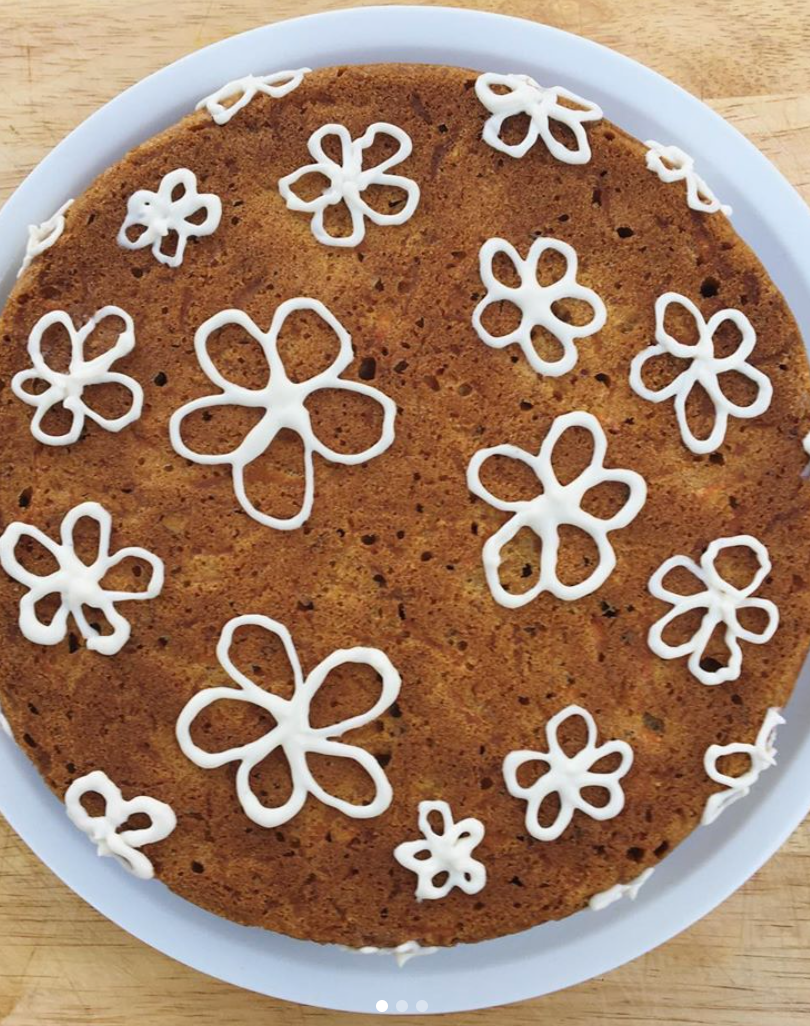 Spiced Carrot cake w/ flower cc frosting