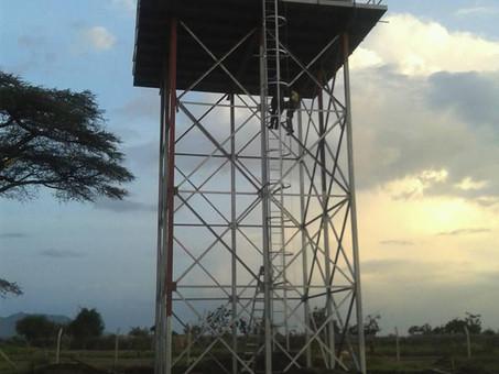 Bauprojekt: Wassertankstand für Karamoja