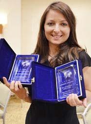 2 internationale Auszeichnungen