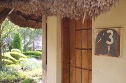 African Village Türe