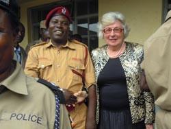 Ehrung durch die Ugandische Polizei