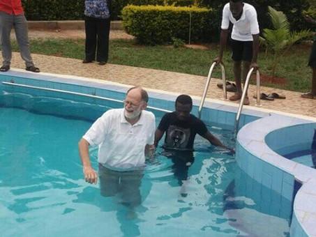 Erste Taufe auf dem Gebetsberg