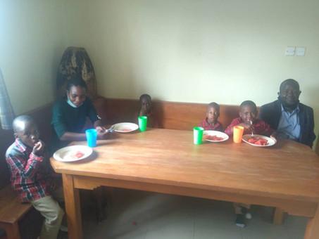 Neue Kinder im Kinderhaus! Willkommen in der Vision Family!