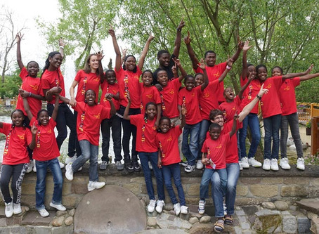 Vision Choir zurück in Uganda