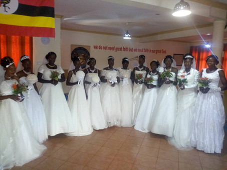 Wedding of 12 staff couples on the Prayer Mountain