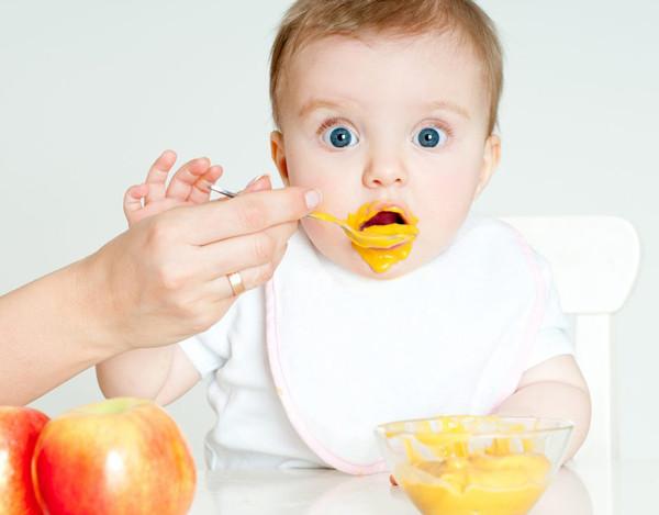 Porque não dar açúcar ao bebe?