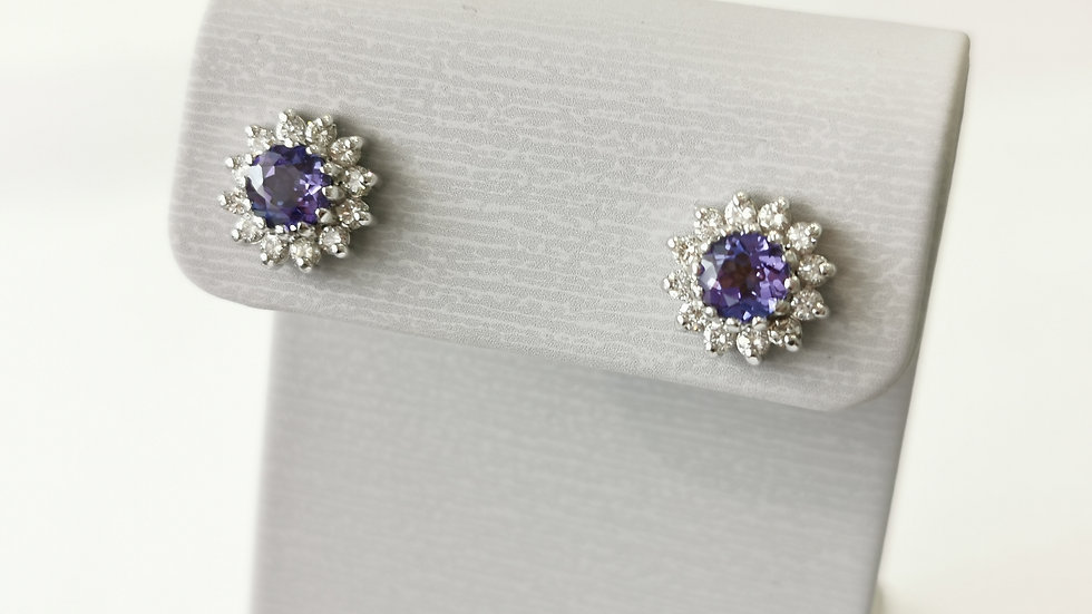 18ct Gold Tanzanite and Diamond Cluster Studs