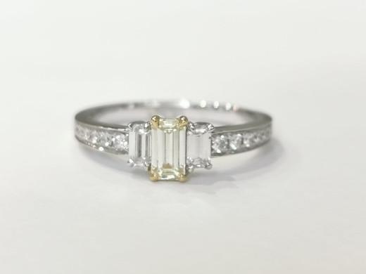 42976 18ct white gold 0.36ct yellow diamond + 0.51ct white diamonds £2500