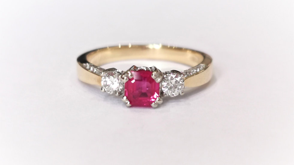 18ct Yellow Gold Ruby and Diamond Three Stone Ring