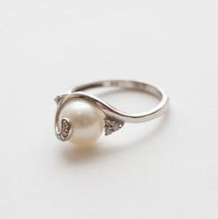 pearls-truro-cornwall-klimek-jewellers-1