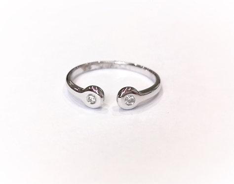 18ct White Gold Torque Style Diamond Set Ring