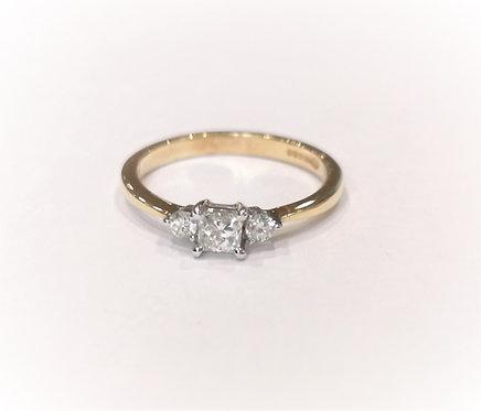 18ct Yellow Gold Diamond Three Stone Ring