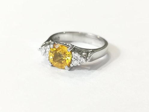 18ct White Gold Yellow Sappire and Diamond Ring