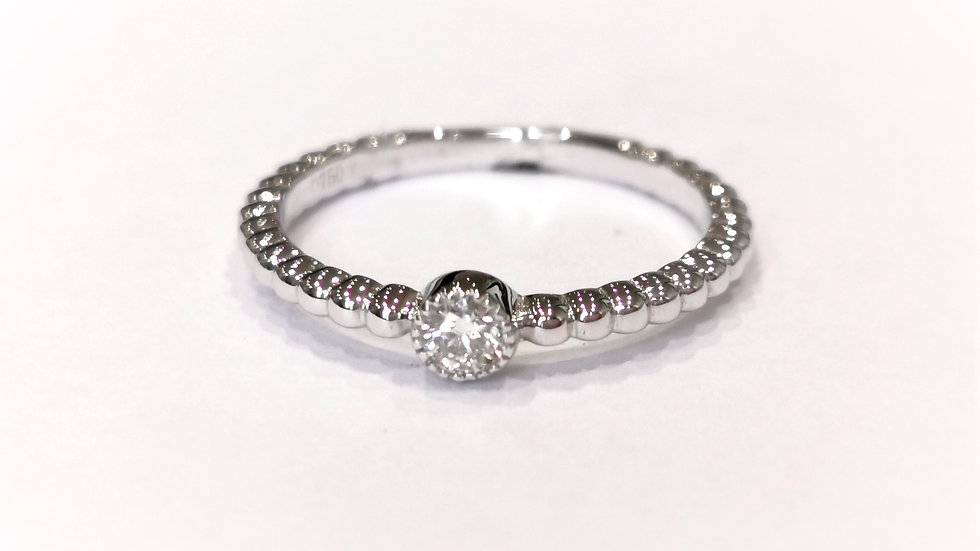 18ct White Gold Beaded Shank Diamond Solitaire Ring