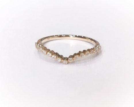 18ct Yellow Gold Dainty Diamond Wishbone Ring