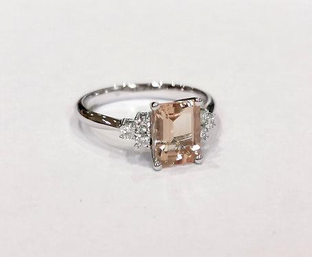 18ct White Gold Morganite and Diamond Ring