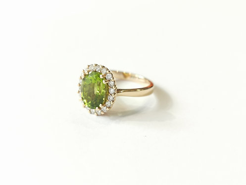 18ct Rose Gold Peridot and Diamond Cluster Ring