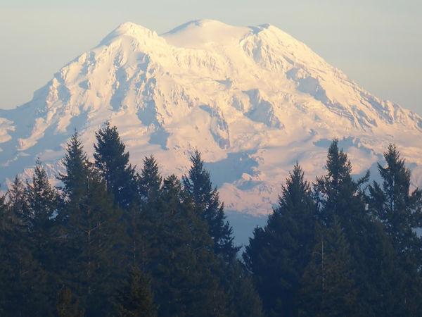 Tumwater view of Mt. Rainier pic