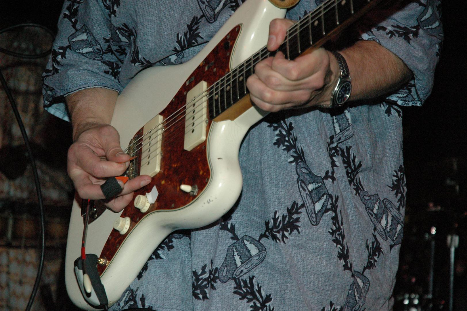 JF guitar & pick ecu DJK2008.jpg