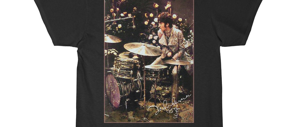 John Lennon of the Beatles playing Ringo's drums Men's Short Sleeve Tee