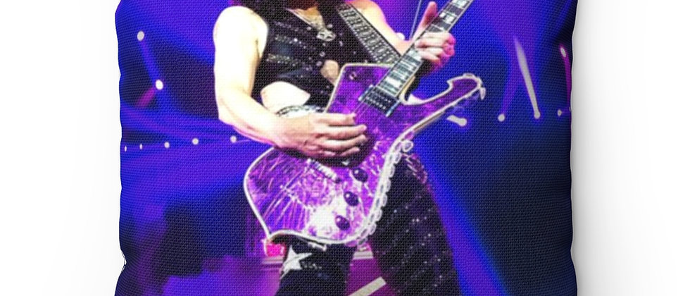 KISS, PAUL STANLEY, PILLOW, IBANEZ ICEMAN, END OF THE ROAD