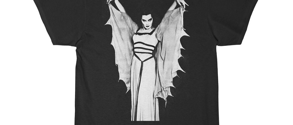 The Munsters sexy Vamp Lilly Munster Short Sleeve Tee