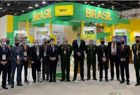 Associadas do SIMDE participam da IDEX nos Emirados Árabes Unidos