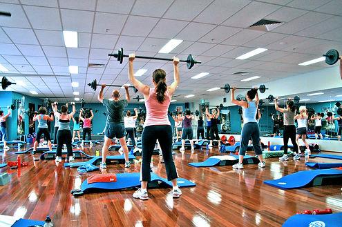Barbell_Group_Fitness_Class2.jpeg