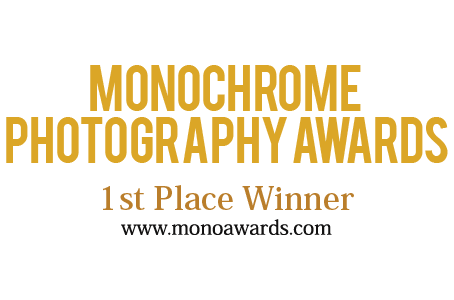 1st PRIZE AND TITLE NUDE DISCOVERY OF THE YEAR IN THE MONOCHROME AWARDS 2017 COMPETITION