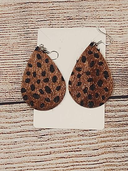Fuzzy leopard print earrings