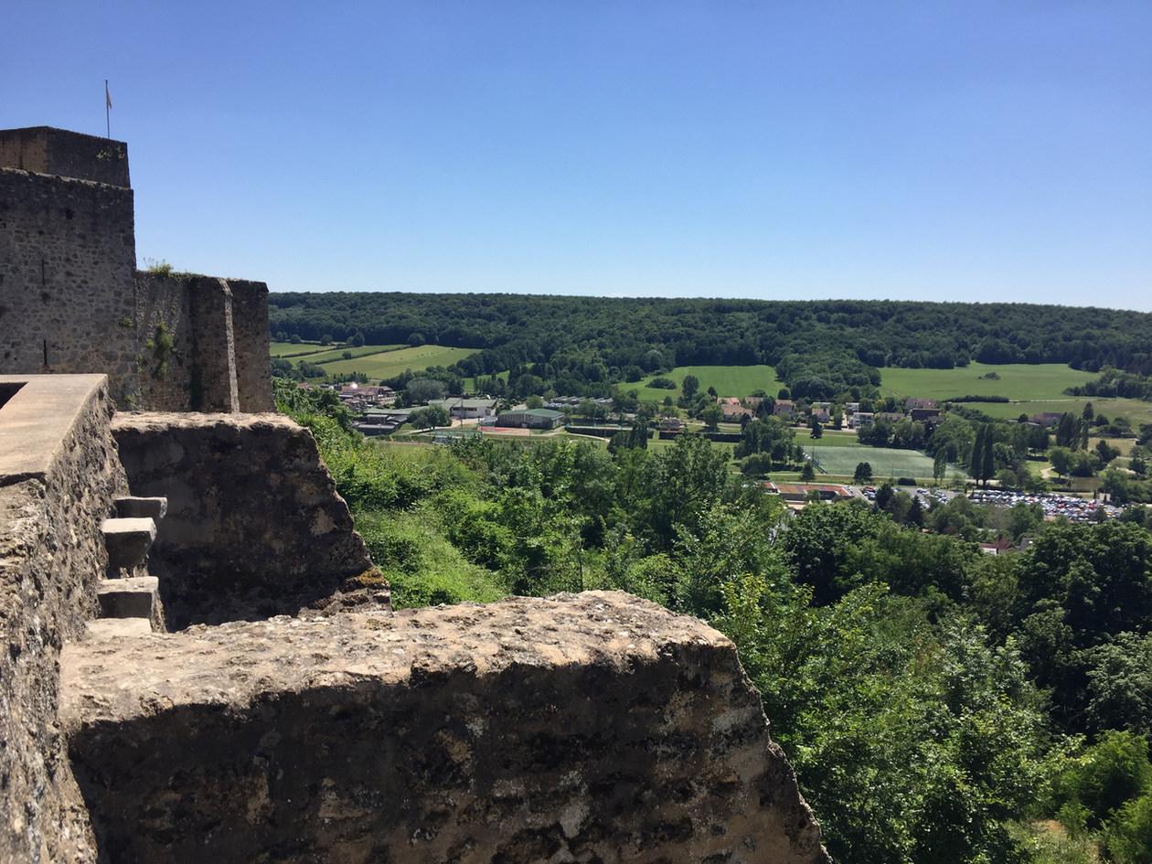 vue chateau de la madeleine