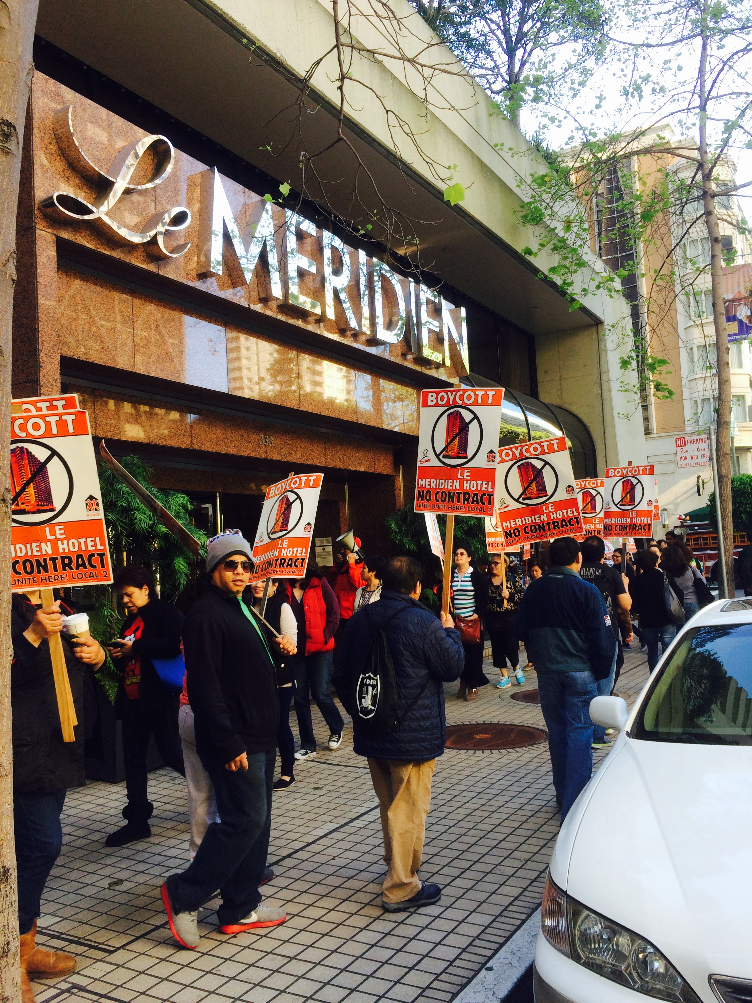 LARGE ACTION AT THE LE MERIDIEN