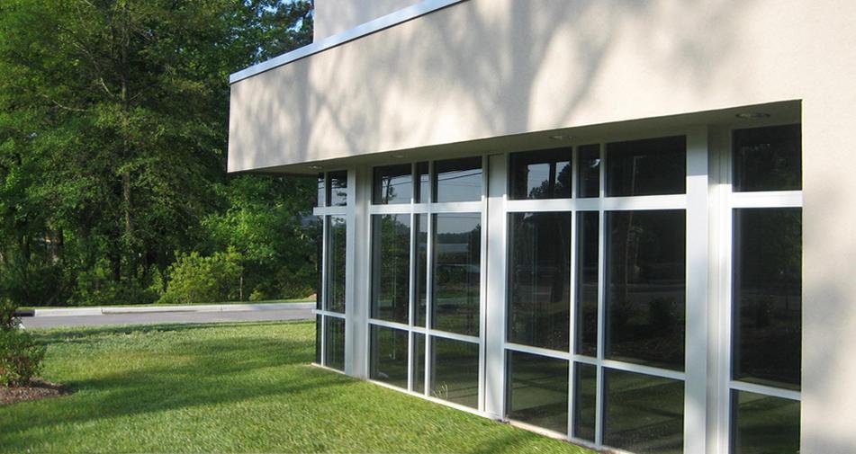 Barton Miami - Side Glass Conference Roo