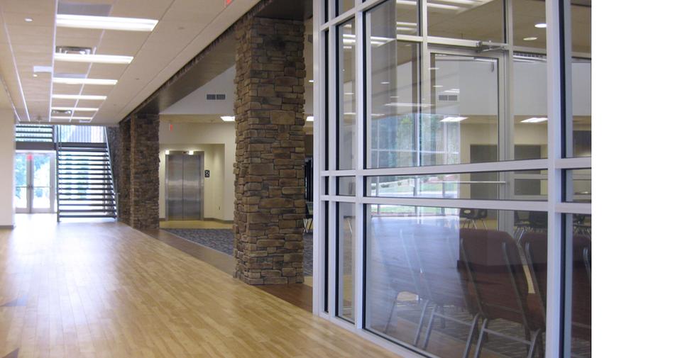 EWA - Entry Hallway (970 x 515).png