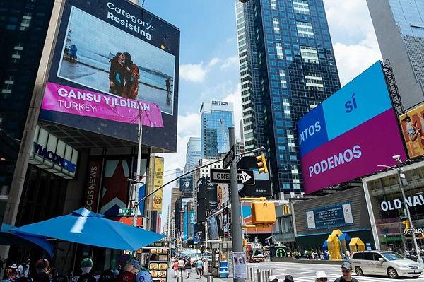 yildiran-in-odullu-kurt-trans-kadinlar-fotografi-new-york-sokaklarinda-2.jpg