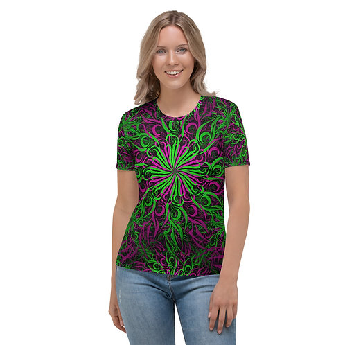 17D21 Spectrum Emerald Apple Women's T-shirt