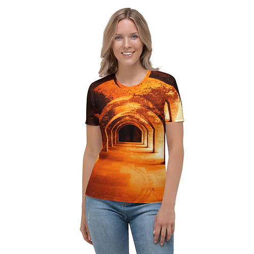 10 MARS Women's T-shirt