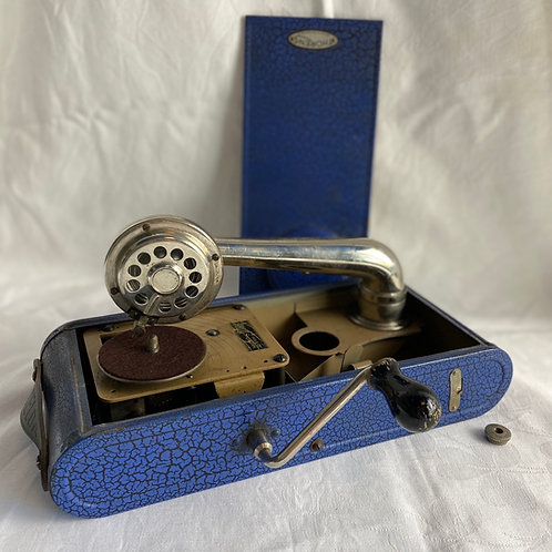 The Excelda Portable Gramophone