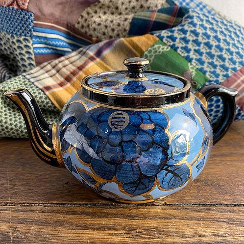 Hand-painted Jackfield Teapot