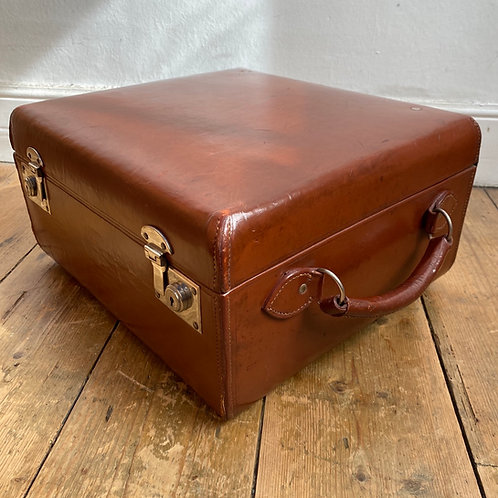 Vintage Leather Overnight Weekend Case
