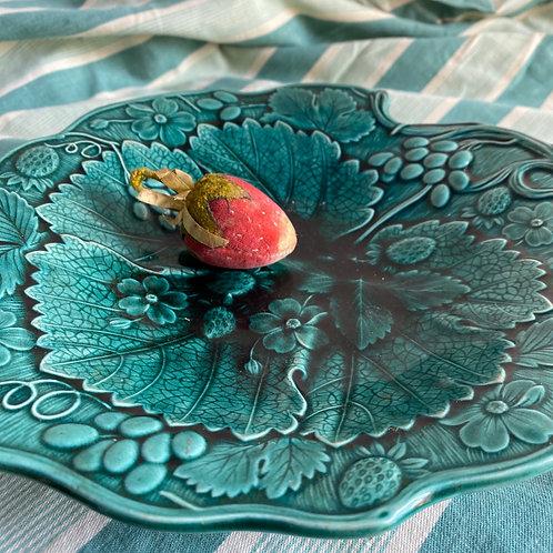 Antique Green Majolica Strawberry Dish