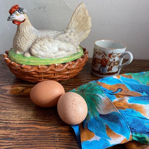 Vintage Ceramic Chicken Egg Dish