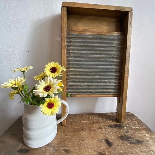 Vintage Pine Wasboard