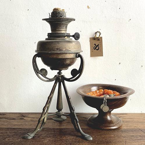 Arts & Crafts Paraffin Lamp