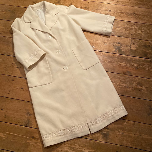 1950's Lined Cream Coat with 3/4 Sleeves