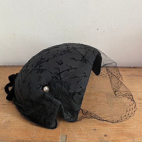 Vintage 1950's Black Hat with Half Veil